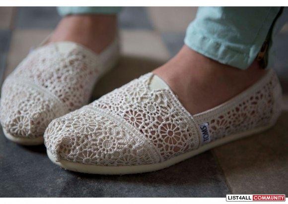 TOMS 'Classic' Crochet Slip-On Flats in