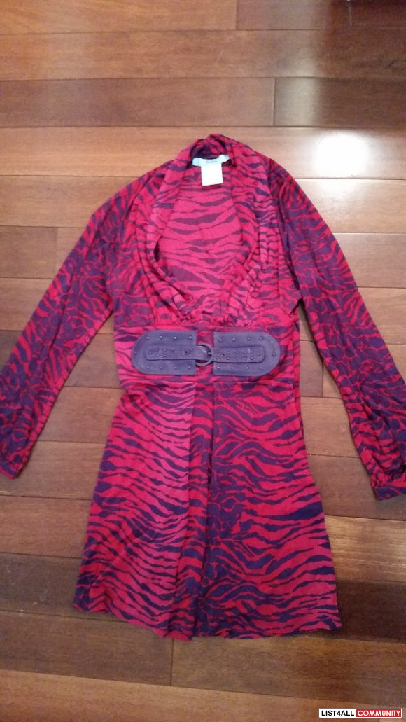 NWOT Purple and Pink Marciano dress sz XS