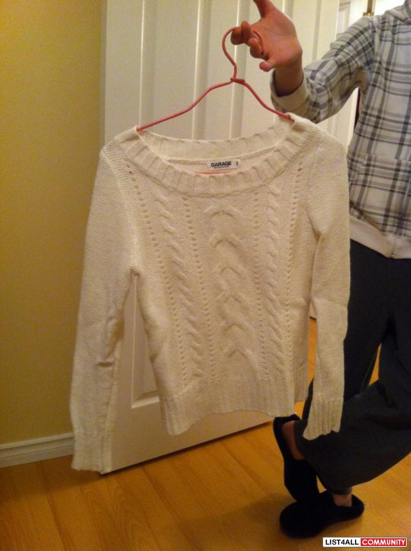 Garage White knit sweater long sleeve $ 15