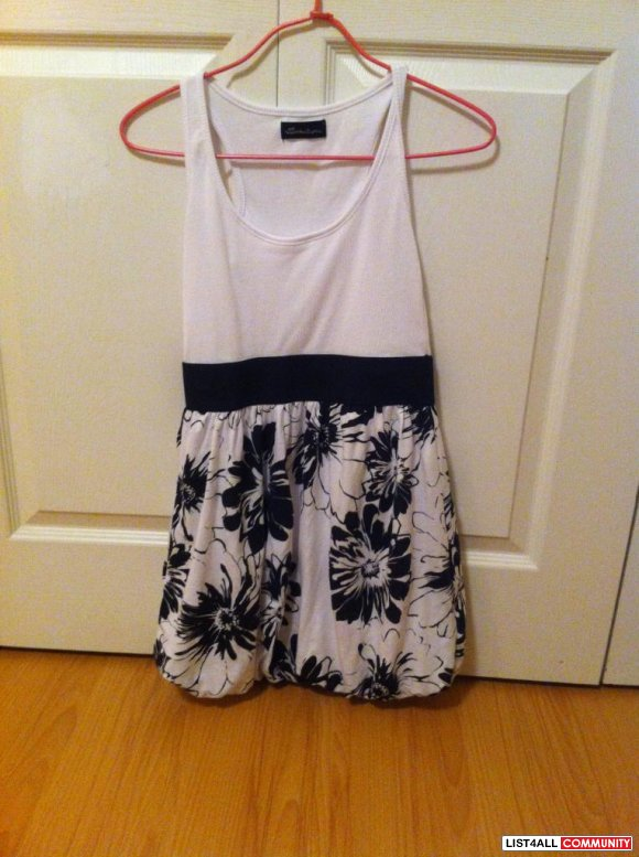 white with black flower summer dress $ 10