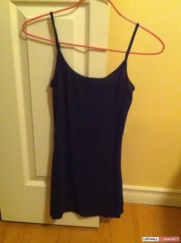 navy blue stretchy material tank top $ 5