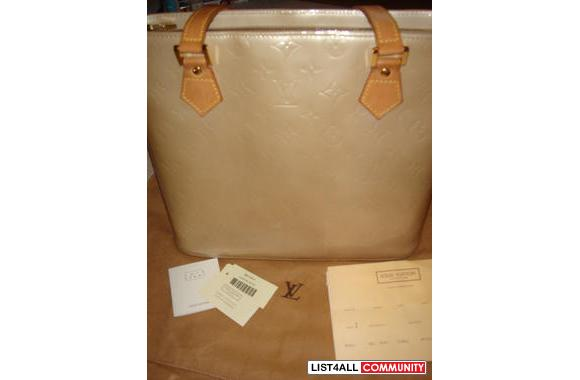 100% Authentic Louis Vuitton Houston Bag in beige color (discontinued