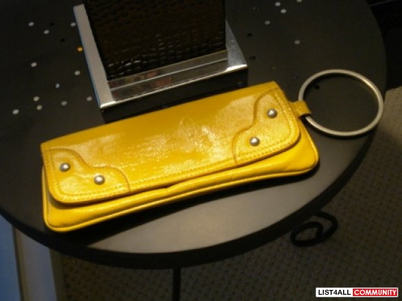Chic Yellow Clutch with Metal Ring