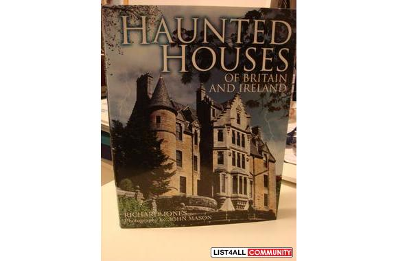 HAUNTED HOUSES OF GREAT BRITAIN & IRELAND