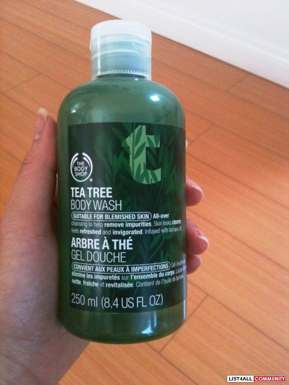 BODY SHOP Tea Tree Body Wash (250mL)