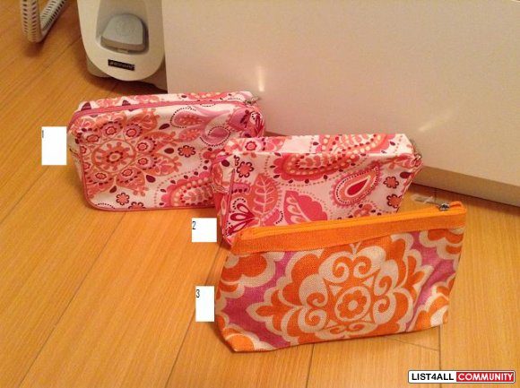 CLINIQUE MAKEUP BAGS
