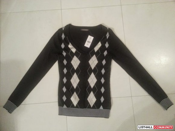 NEW SUZY SHIER ARGYLE SWEATER CHARCOAL SMALL