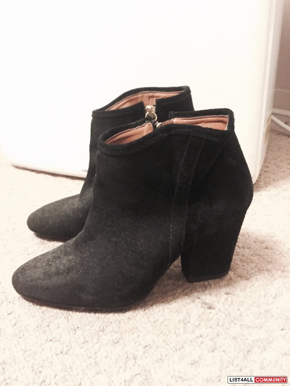 Zara Suede Leather Black Boots
