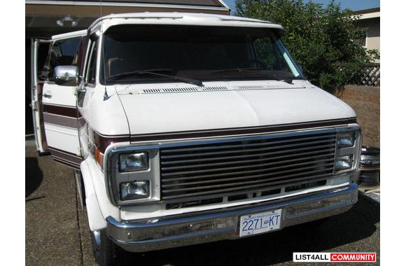 1989 GMC GET-A-WAY VAN, 256,600 kms, Automatic, (Gas) 350 v8, Overdriv
