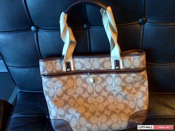 Authentic Coach Brown tote $40