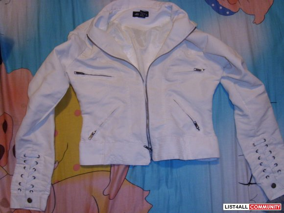 Sirens White Jacket Small