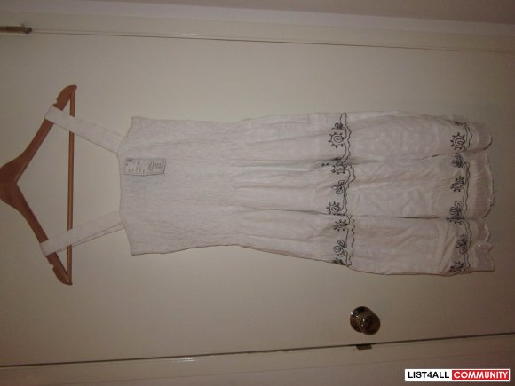 Sun Dress - White Eyelet - L XL - BNWT