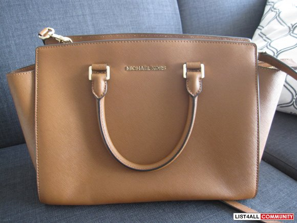 Michael Kors Large Selma Saffiano Satchel in Luggage