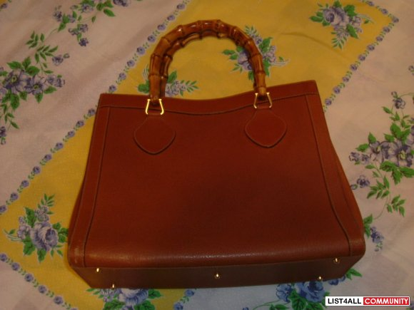 ****GUCCI vintage bamboo purse****