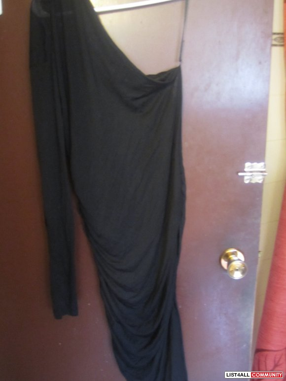 Thin Black one Shouldered Dress