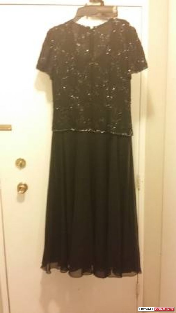 evening dresses/gowns gorgeous + new  L LX sizes $35
