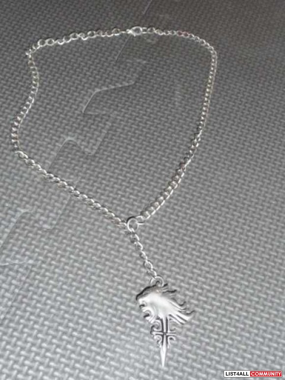 Final fantasy 3 squall leonhart griever necklace vince604 list4all final fantasy 3 squall leonhart griever necklace mozeypictures Gallery