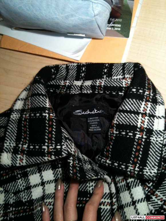 *PRICE REDUCED*SIRENS long plaid coat