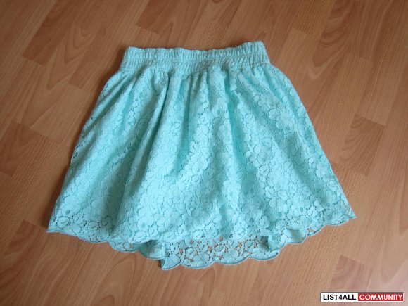 Mint Talula Lace Skirt