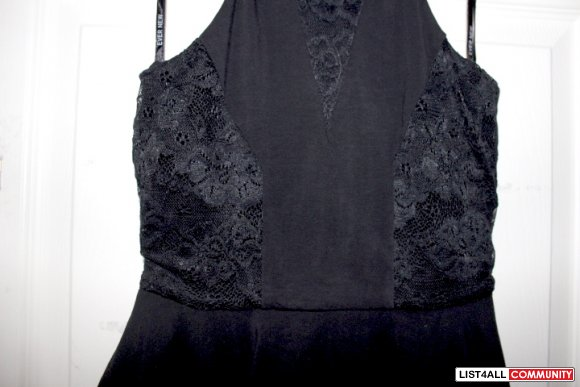 Ever New Sleeveless Lace Peplum Top
