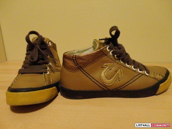 True Religion Sneakers Gold