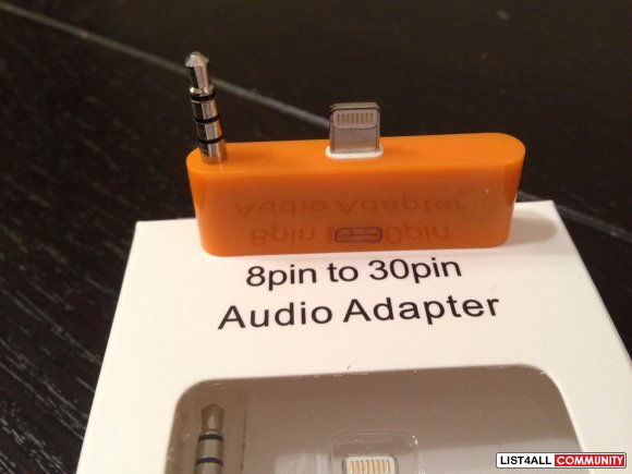 Apple 30 Pin to 8 Pin Adapter with Audio Plug