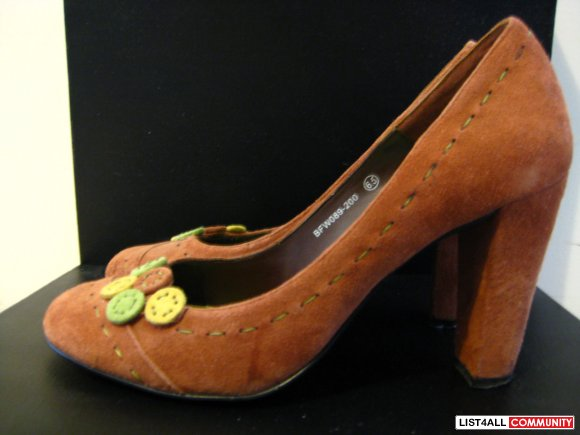 Size7 BUFFALO Orange chunky heels