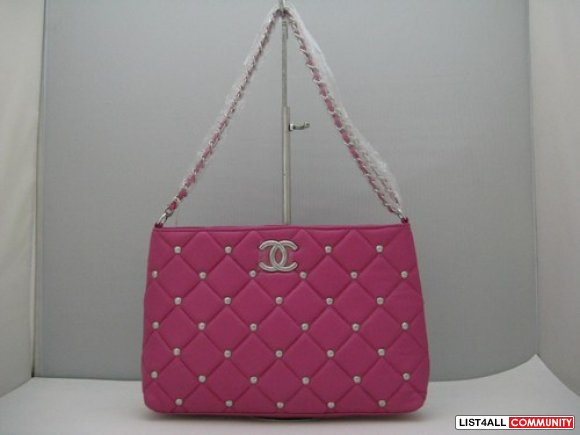 Newest Chanel bags collection-7 star Chanel handbags and wallets-2010