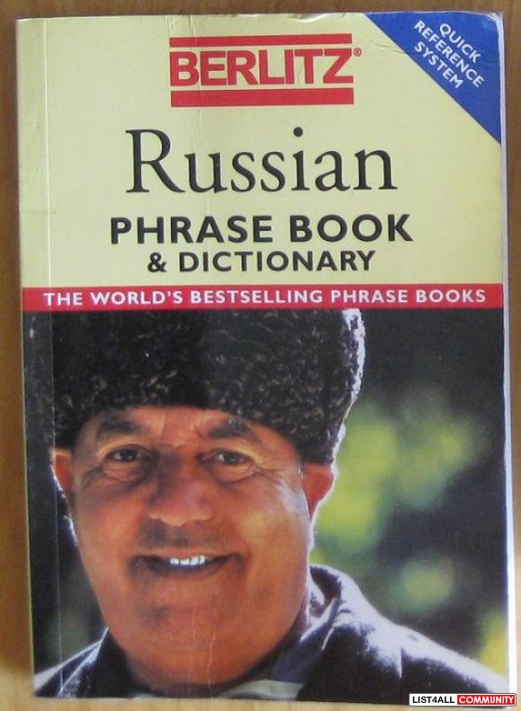 Russian Phrase Book & Dictionary - Berlitz