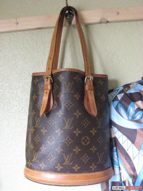 Replica Louis Vuitton Pe Bucket