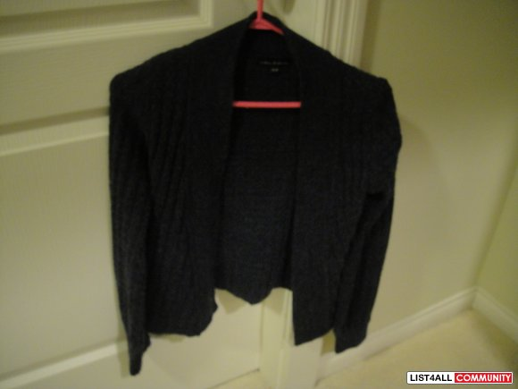 Open knited cardigan from Urban Behaviour