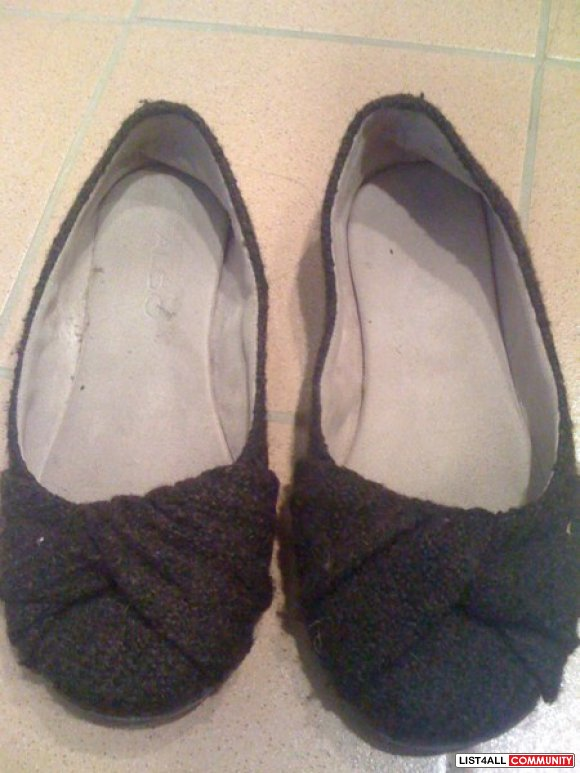 Knit brown aldo flats size 35