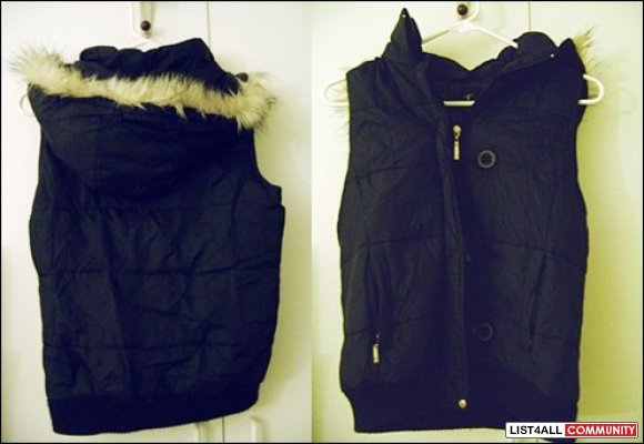 Dark blue Vest with hood - size small