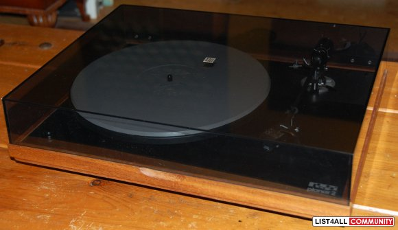 Rega Planar 2 Turntable with Grace Tonearm & Shure M91E Cartridge