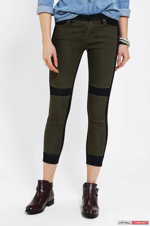Urban Outfitters-BDG Twig Grazer Mid-Rise Jean-Pieced Green Sz 24