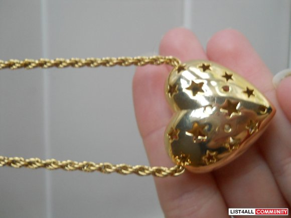 Hollow Heart Necklace (FREE with $25 purchase)