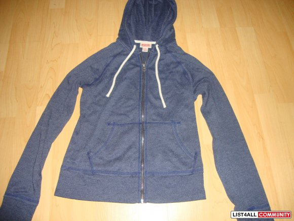 MOSSIMO. HOODY ZIP UP, size SMALL.
