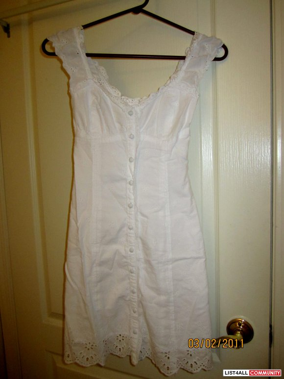 SOLD Aritzia Talula Summer Dress XXS-price reduced!!