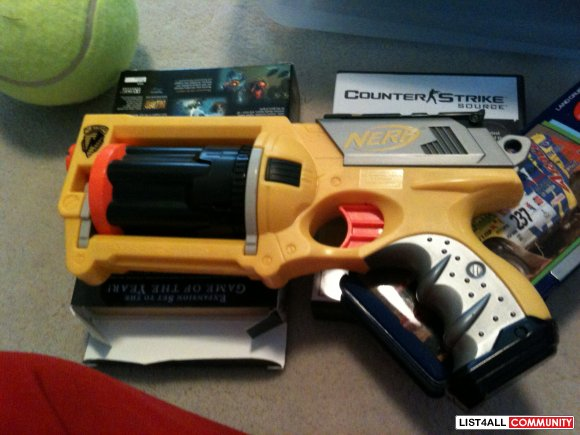 Brand New Nerf Gun w/ all bullets