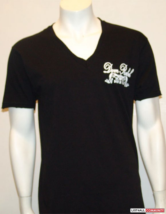 Dom Rebel Signature V-neck Size: Large