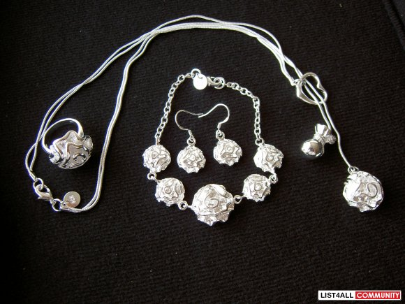 Sterling 925 Jewelry Full Set for only $32.00