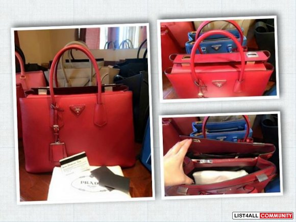 Authentic Prada Saffiano BN2748 with buckle
