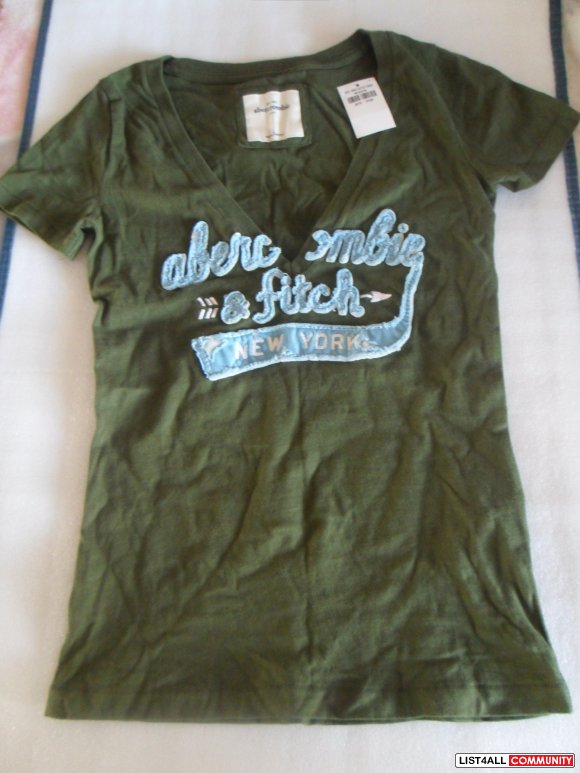 Abercrombie & Fitch T-shirt - NEW