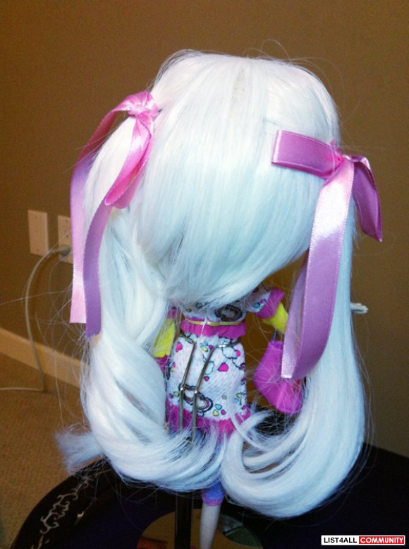 "White Double ponytail 8-9"" Wig"