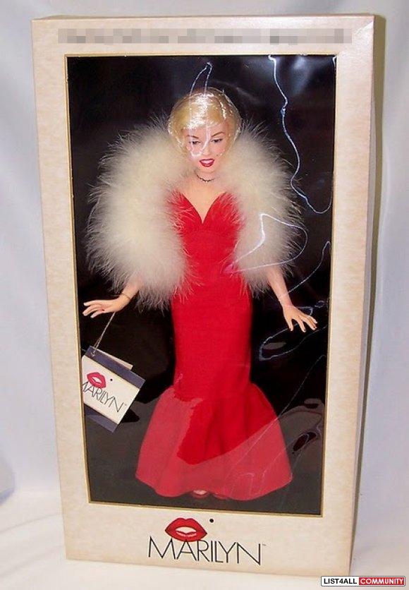 Marilyn Monroe World Doll 6126 List4all