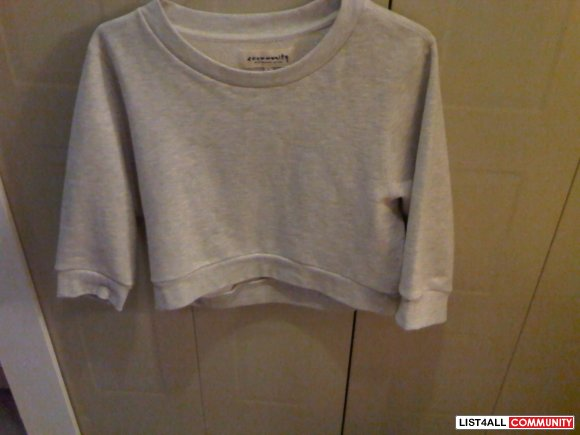 Aritzia Community Cropped Sweater
