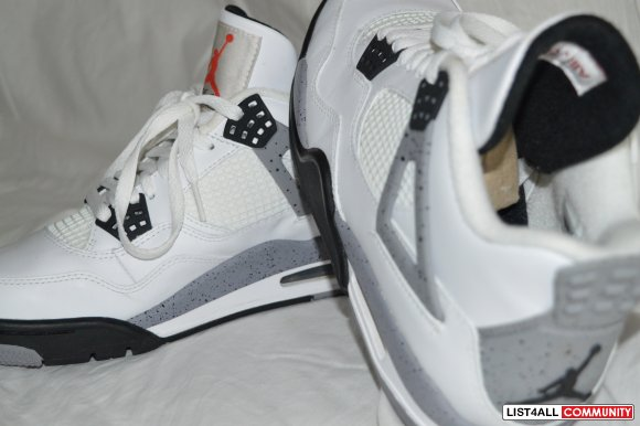 Air Jordan 4 Retro - 7.5 - White Cement