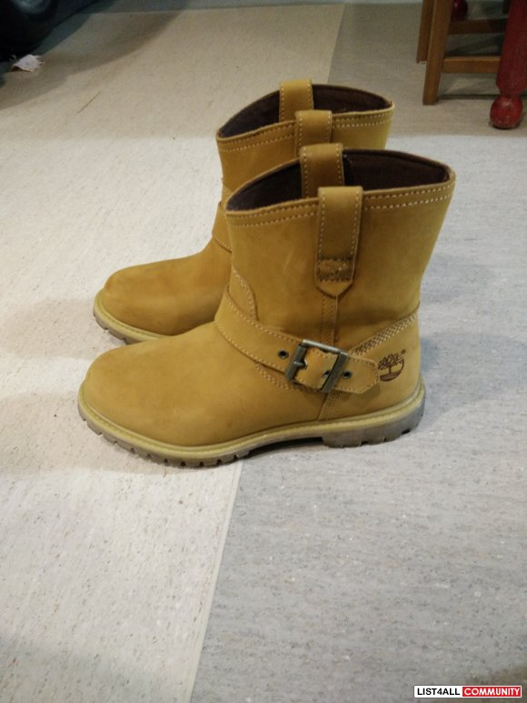 TIMBERLAND COWBOY SUEDE BOOTS - size 7 US