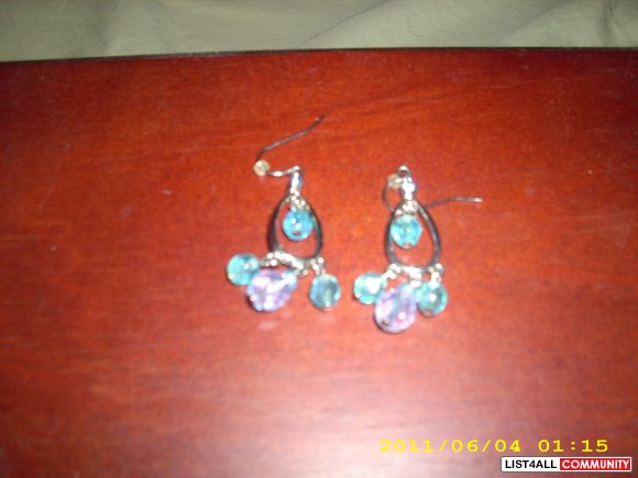 Earrings (costume)