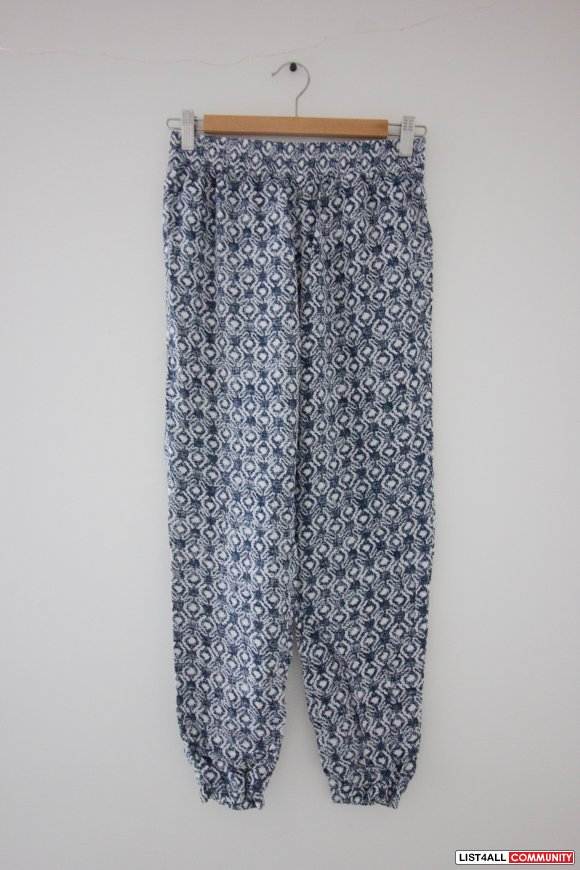 Hollister Printed Pants